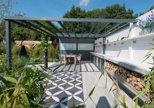 binnen buiten tuinen ijzeren veranda tegels met motief hout gras soorten