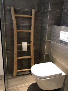 houten trap wc rol houder idee goedkoop toilet